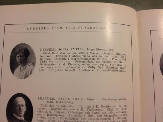 """""""Fru Ingeborg Sofia Emelia Krysell (född Kahl)"""". Ur Sveriges Film- och biografmän 1920."""