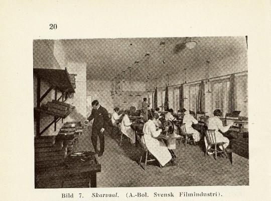 Filmerna sammanfogas. Ur Dagmar Waldner, filmen: dess framställning, inspelning och förevisning (Chelius: 1921)