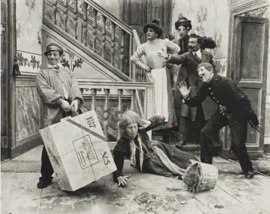 Lehman som stadsbud (Cretinetti facchino, 1910)