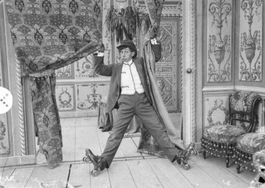 The Fashionable Sport 1910 (Gli sport alla moda) 1